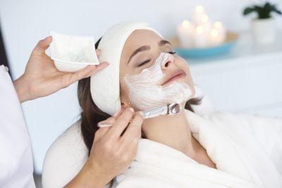 提供脸部护理