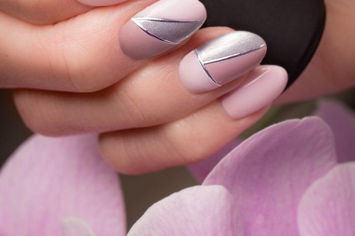 Provide Nail Art
